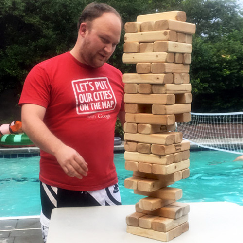 Giant-Jenga-playing